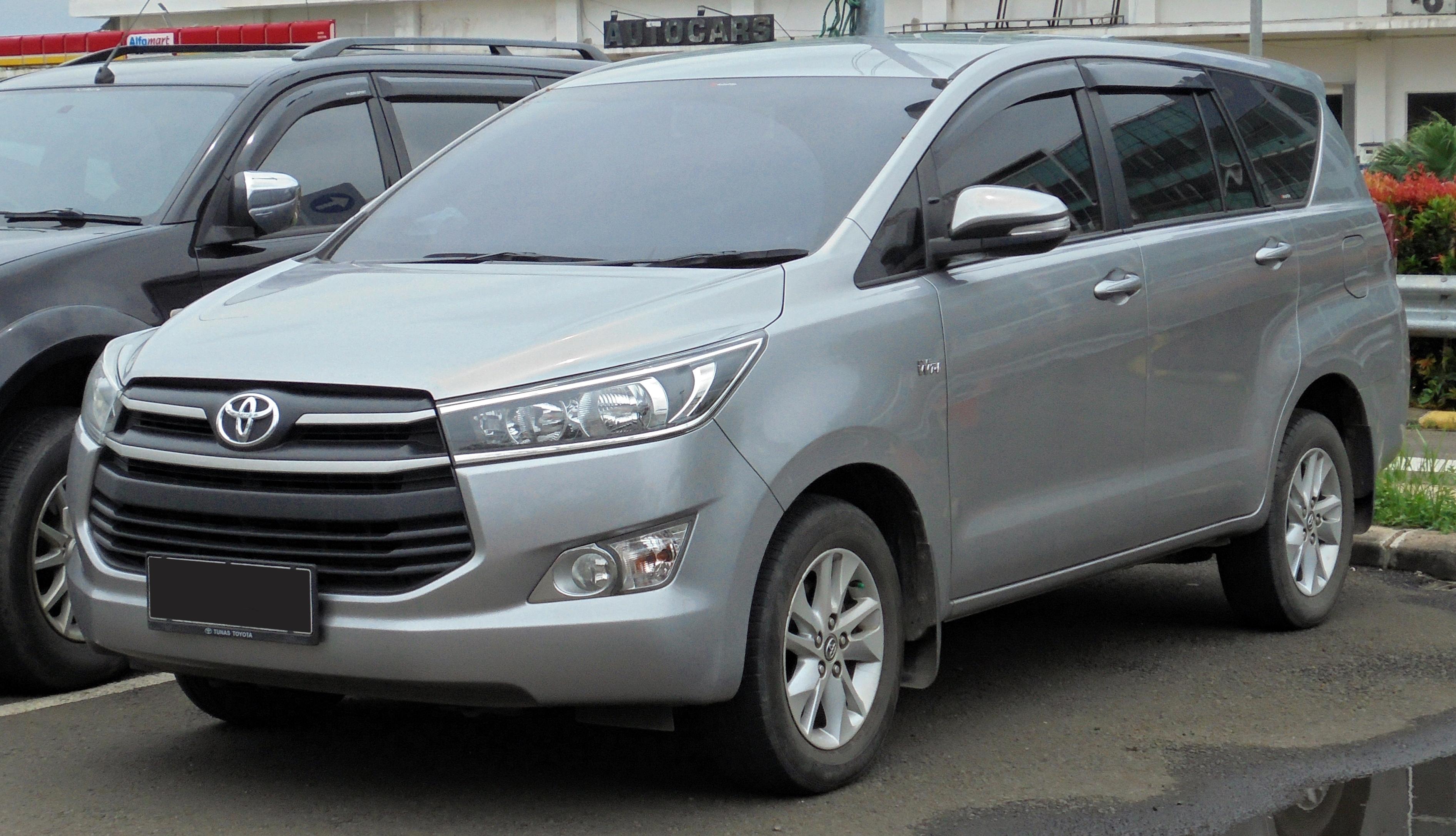 File:2017 Toyota Kijang Innova 2.0 G Wagon (TGN140R; 01-19