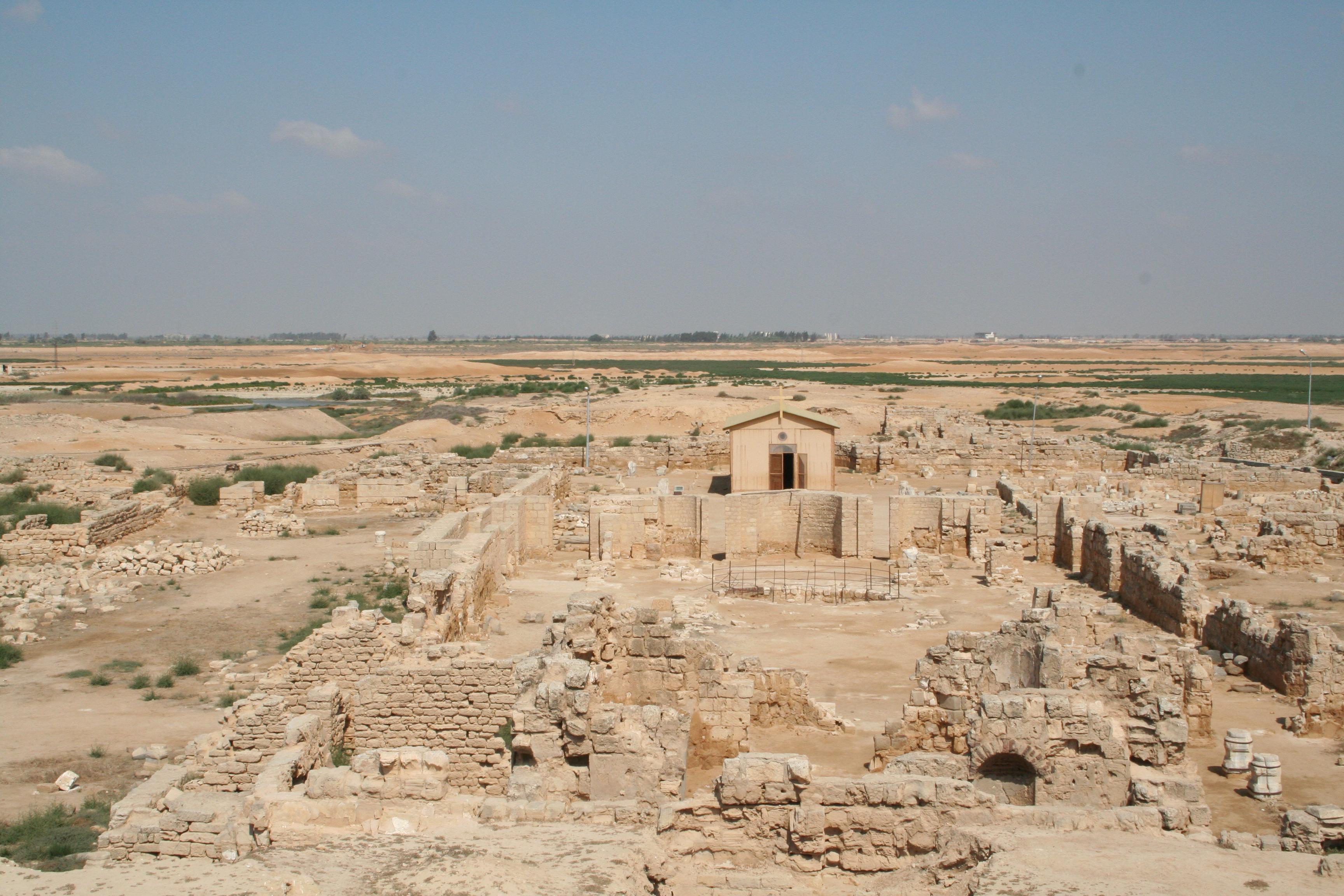 Abu Mena Ancient Monastery 04.JPG
