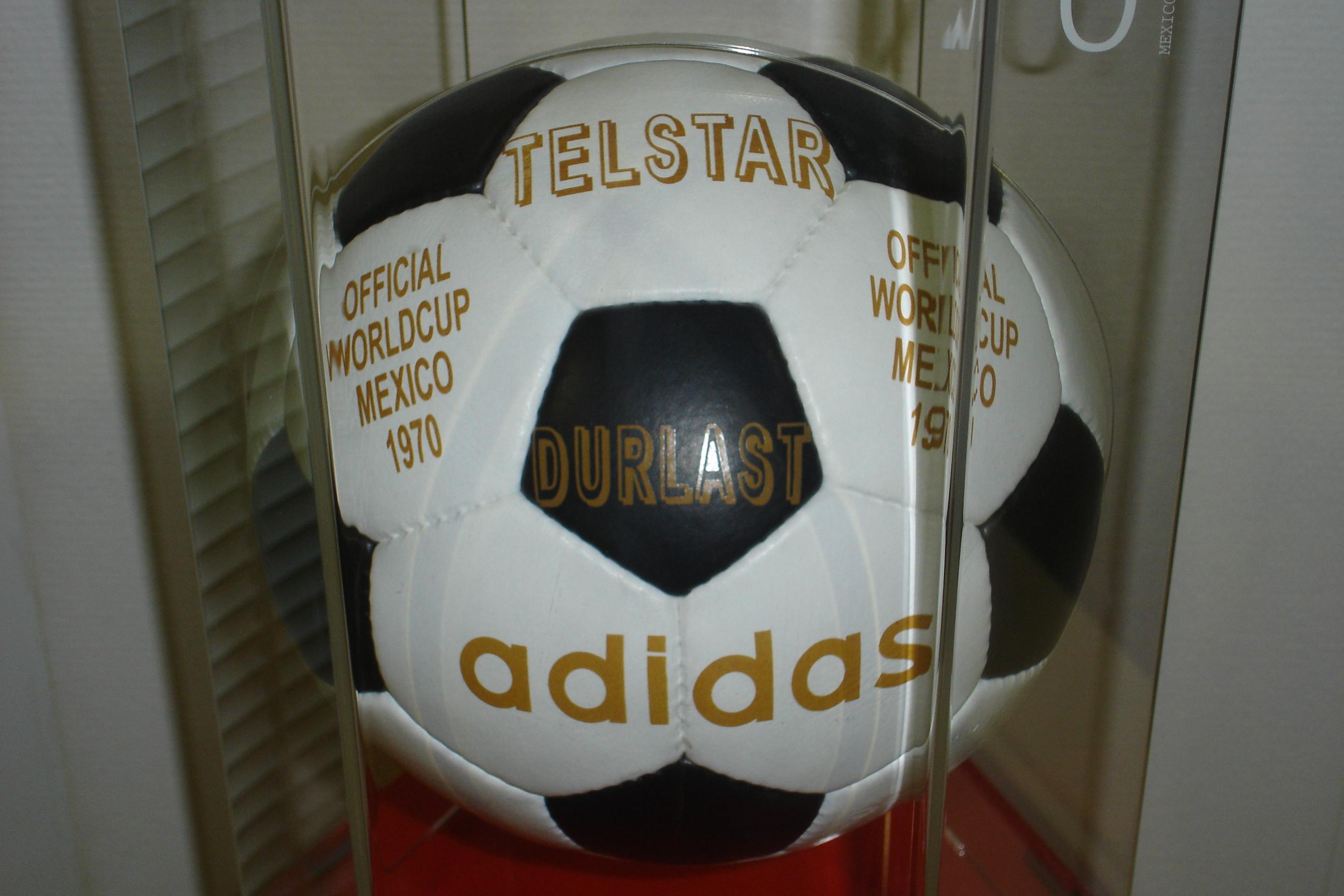 Lista de bolas oficiais da Copa do Mundo FIFA - Wikiwand 78f3977a0fa26