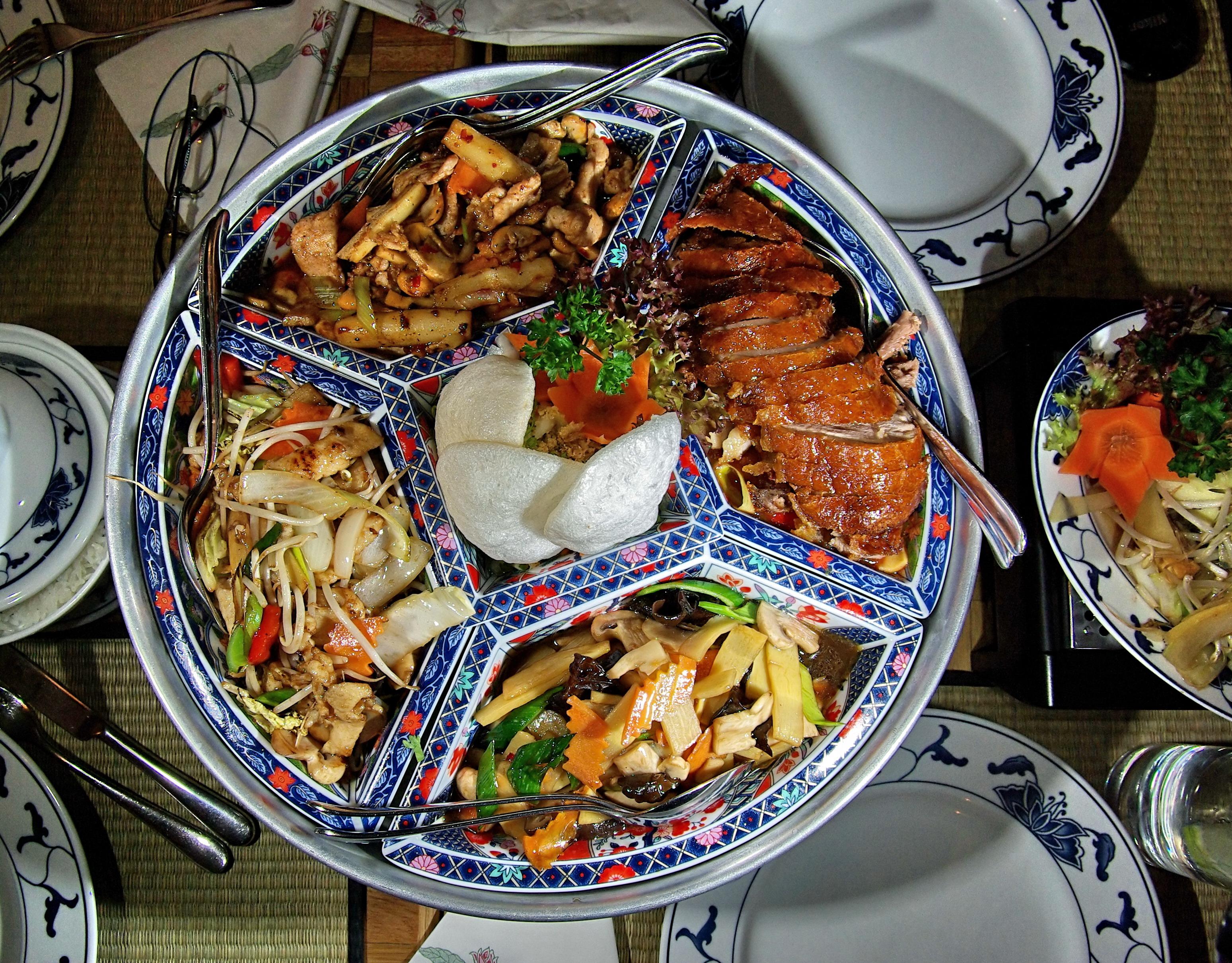 Perfekt File:Asiatische Küche In Deutschland IMGP9235 001