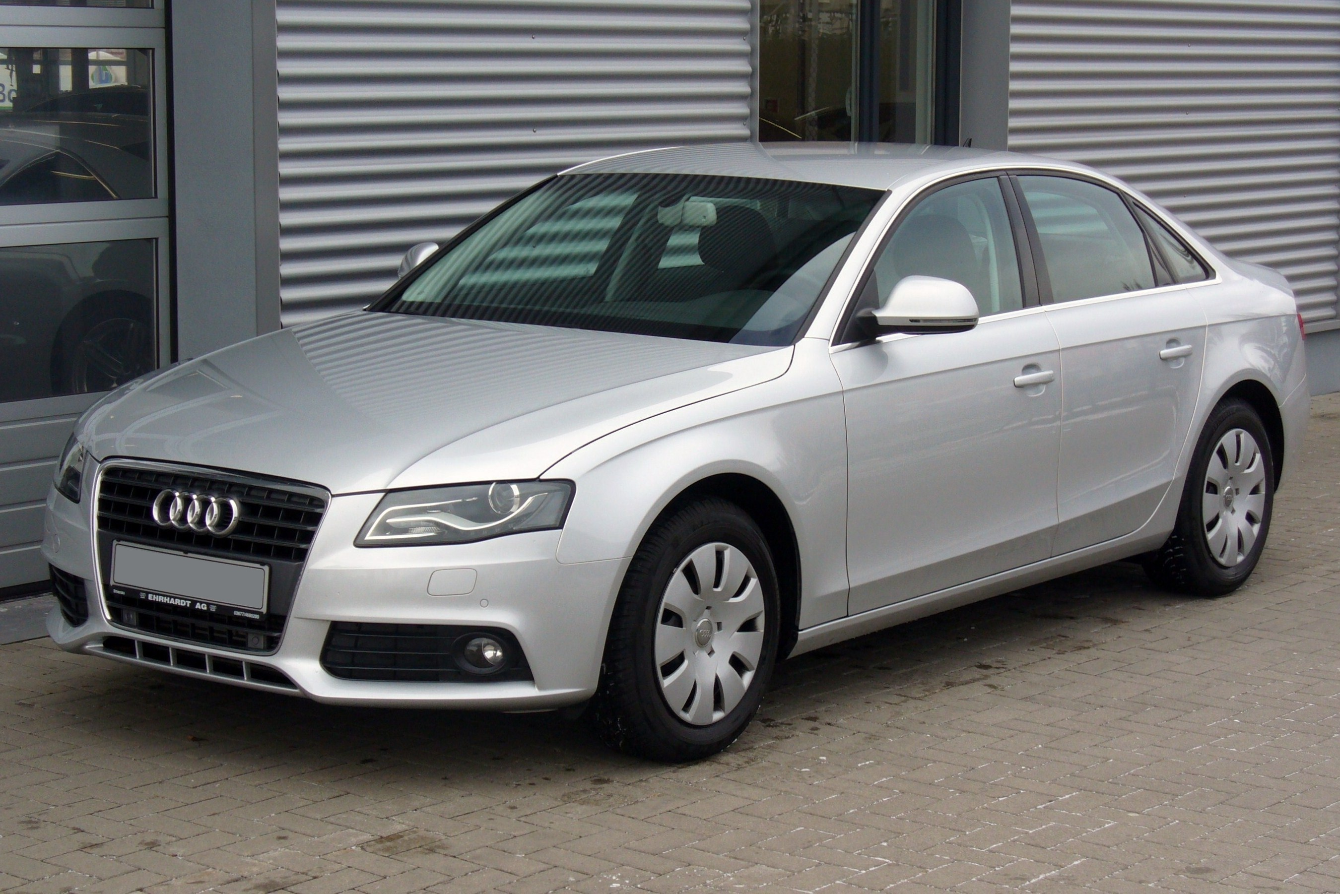 File audi a4 b8 limousine ambiente 2 0 tdi eissilber jpg