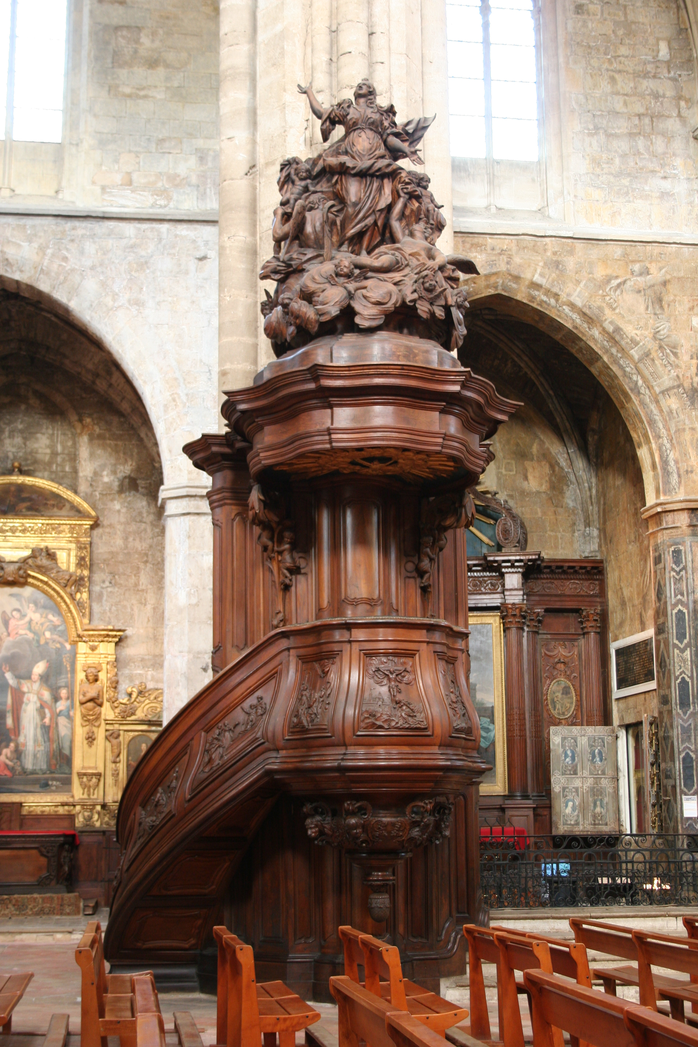 fichier basilique saint maximin wikip dia. Black Bedroom Furniture Sets. Home Design Ideas