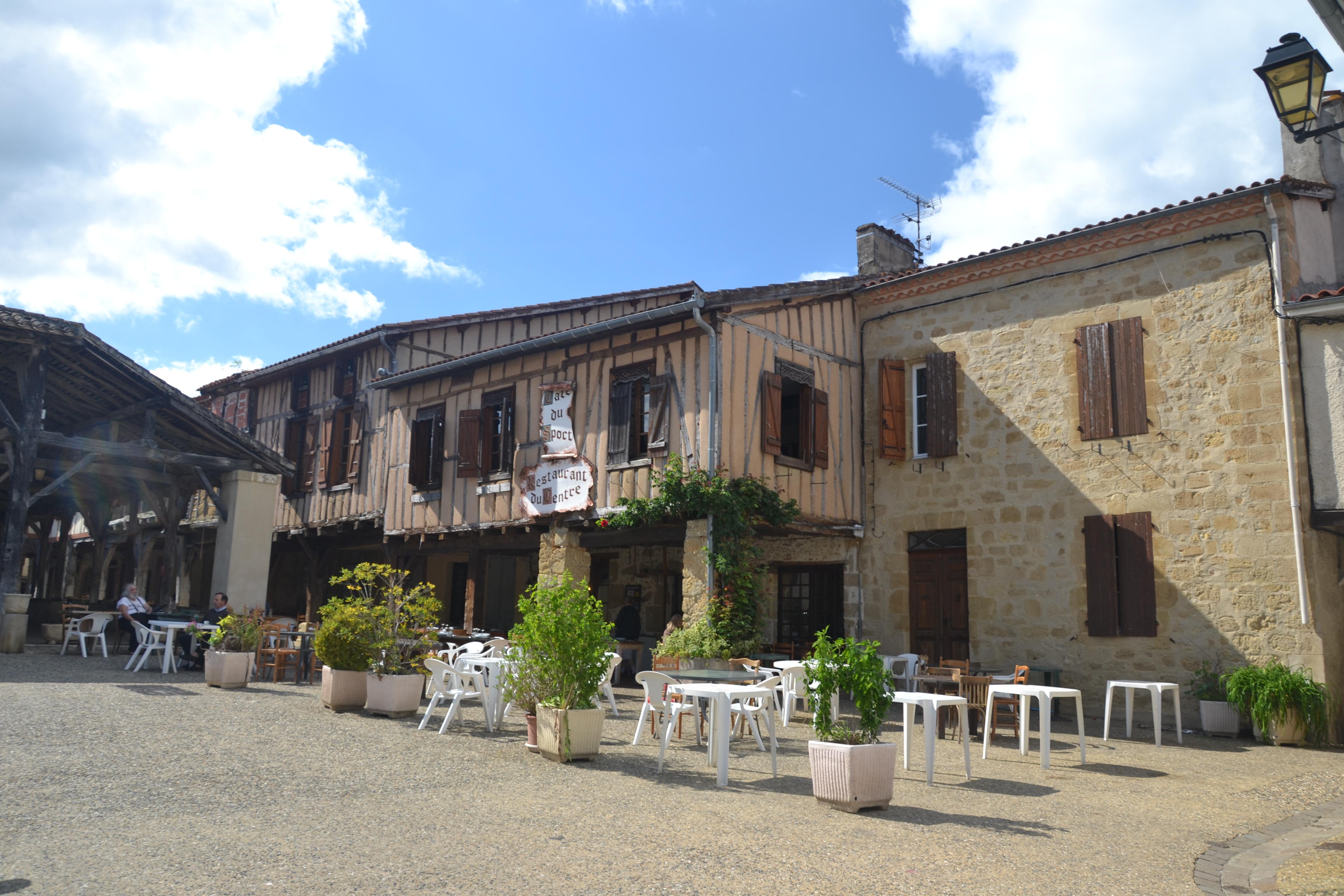 Restaurant Caf Ef Bf Bd De La Gare Le Marais