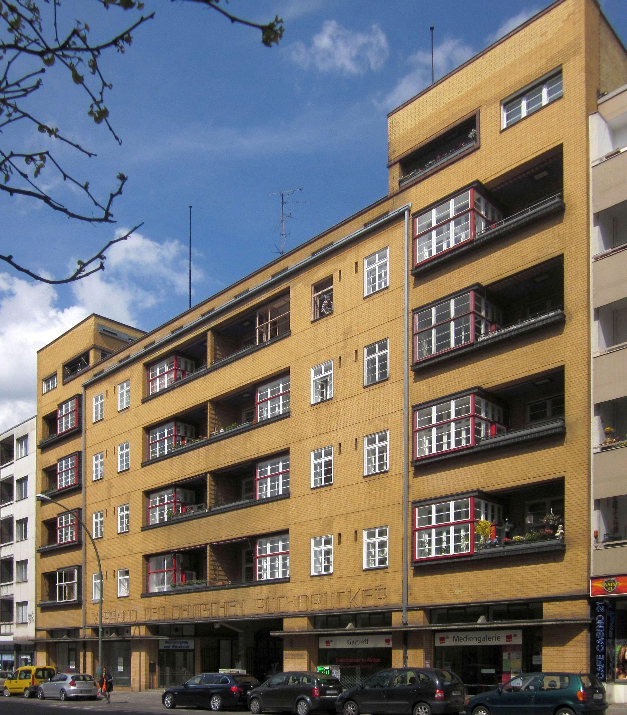File:Berlin, Kreuzberg, Dudenstrasse 10, Verbandshaus der ... size: 2528 x 2882 post ID: 9 File size: 0 B