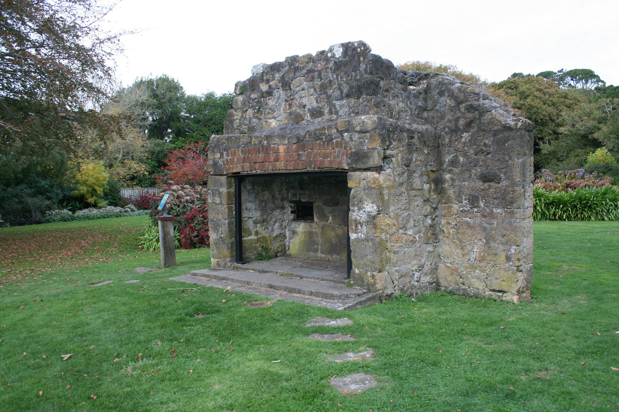 File Brooklands Chimney Jpg Wikimedia Commons
