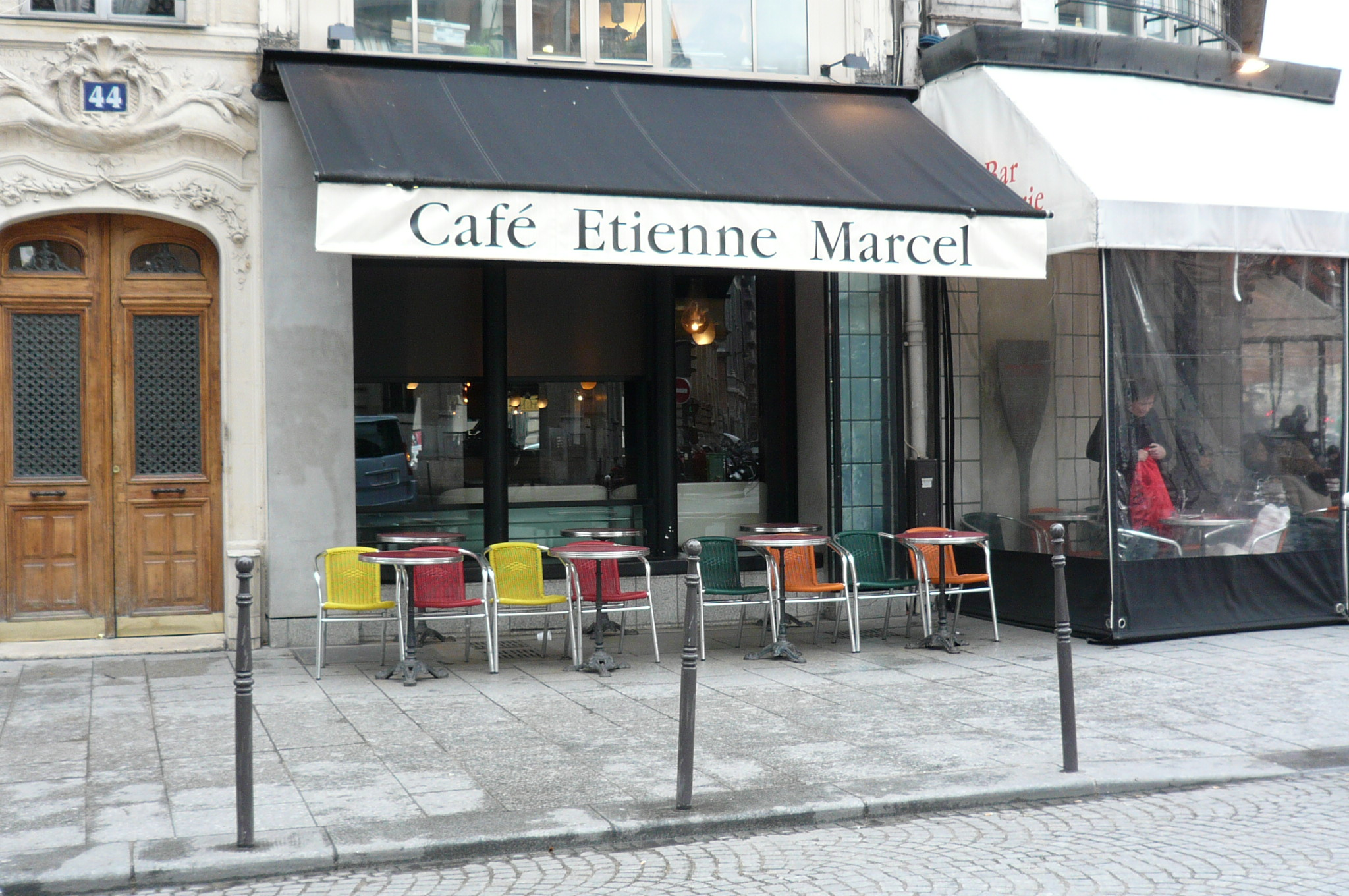file caf etienne marcel rue tienne marcel rue montmartre paris jpg wikimedia commons. Black Bedroom Furniture Sets. Home Design Ideas