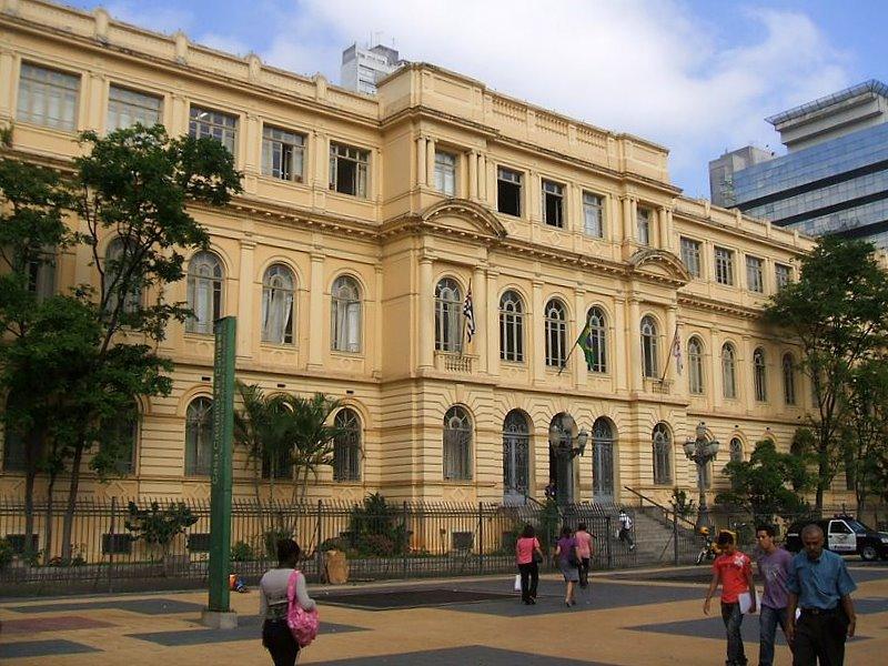 Resultado de imagem para Escola Estadual Caetano de Campos