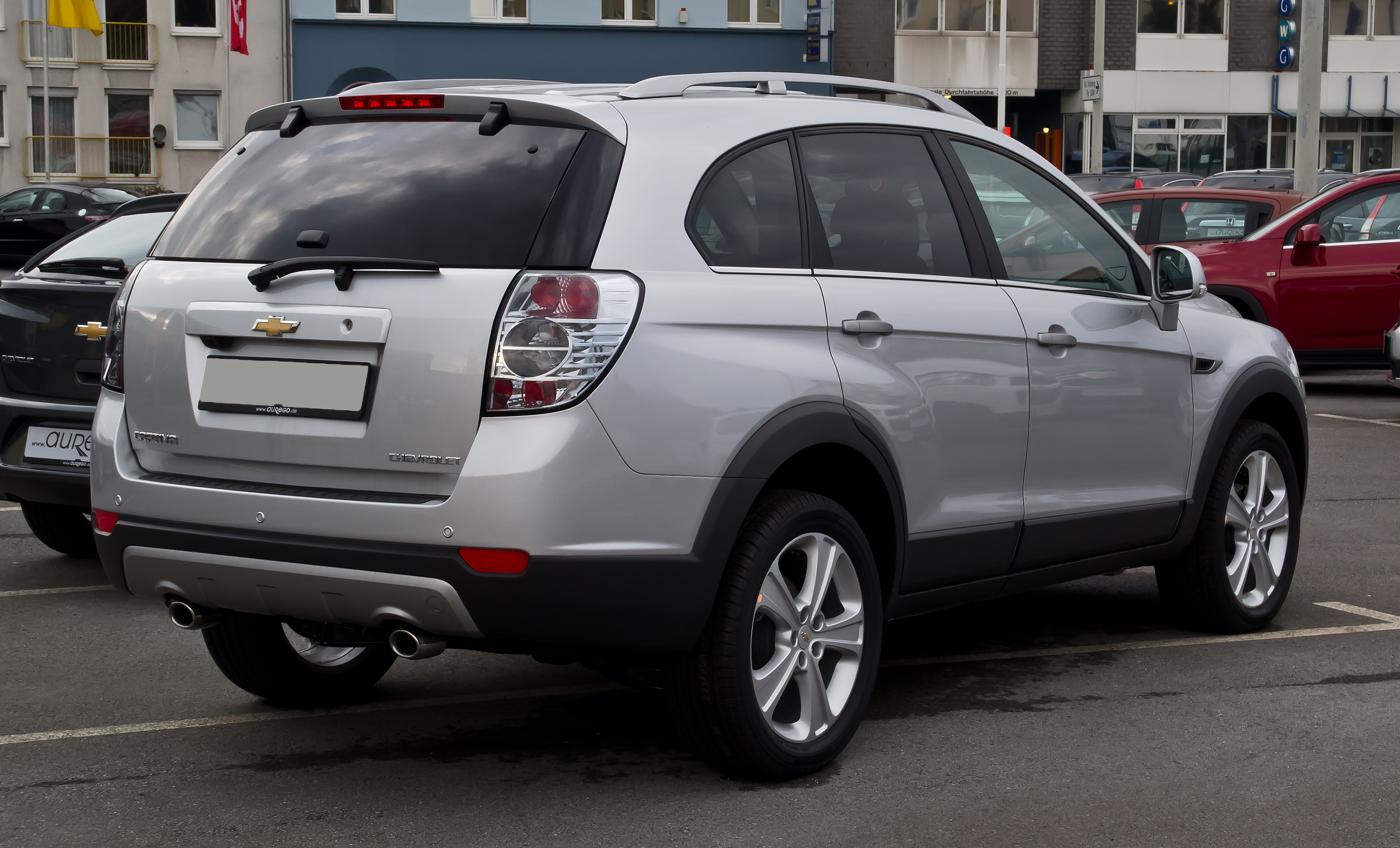 Description Chevrolet Captiva LTZ 2.2 D 4WD (Facelift) – Heckansicht
