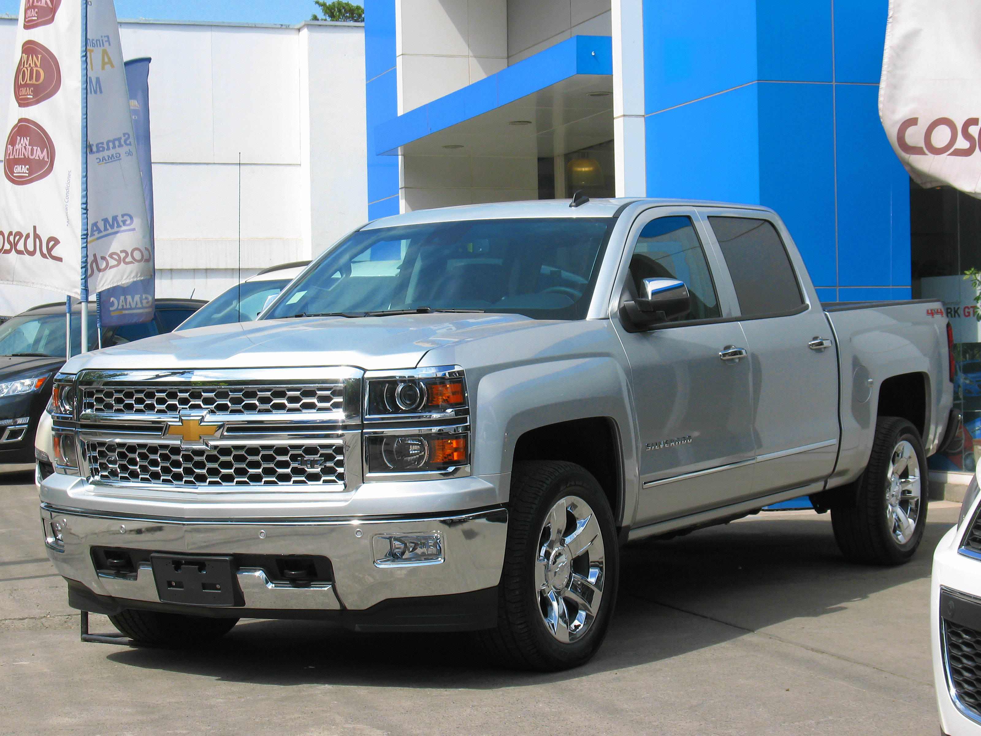 chevrolet silverado. Black Bedroom Furniture Sets. Home Design Ideas