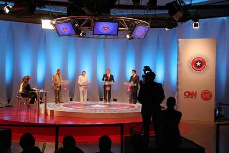 CNN en Espa ol televised debate for the 2005 Chilean elections.