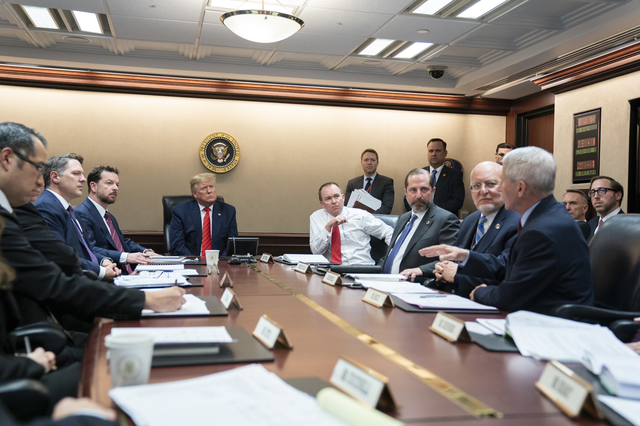 File:Donald Trump Coronavirus briefing.jpg - Wikimedia Commons