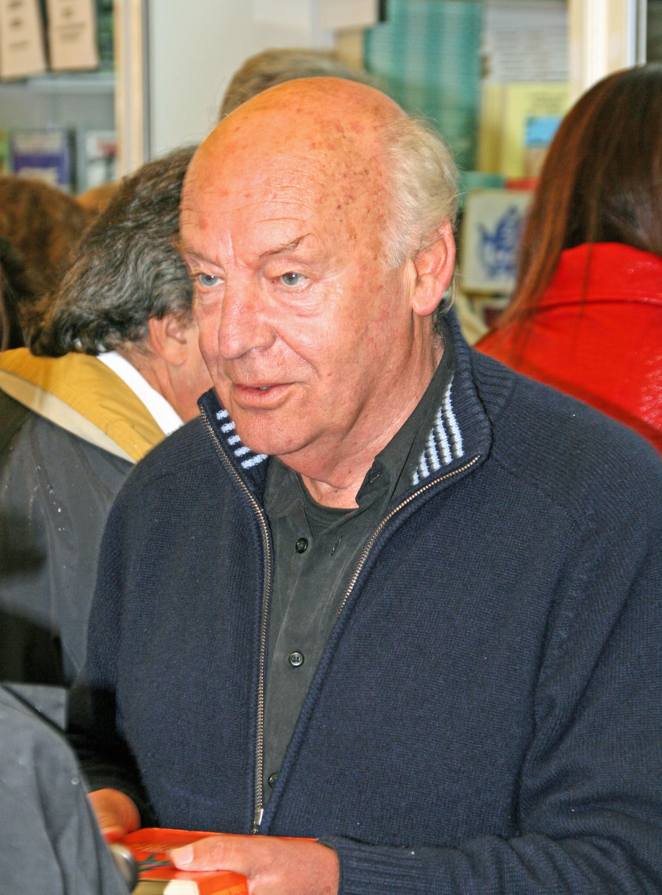 Eduardo Galeano en la Feria del Libro de Madrid en 2008.