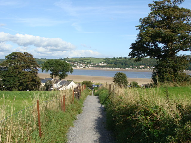 Footpath down to the river, Llansteffan - geograph.org.uk - 1432669
