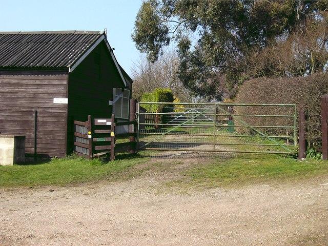 Gates and barns - geograph.org.uk - 378762
