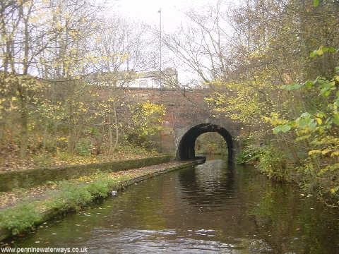 Guide Bridge, Ashton Canal - geograph.org.uk - 2142