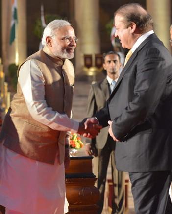 Handshake between Narendra Modi and Nawaz Sharif (cropped).jpg