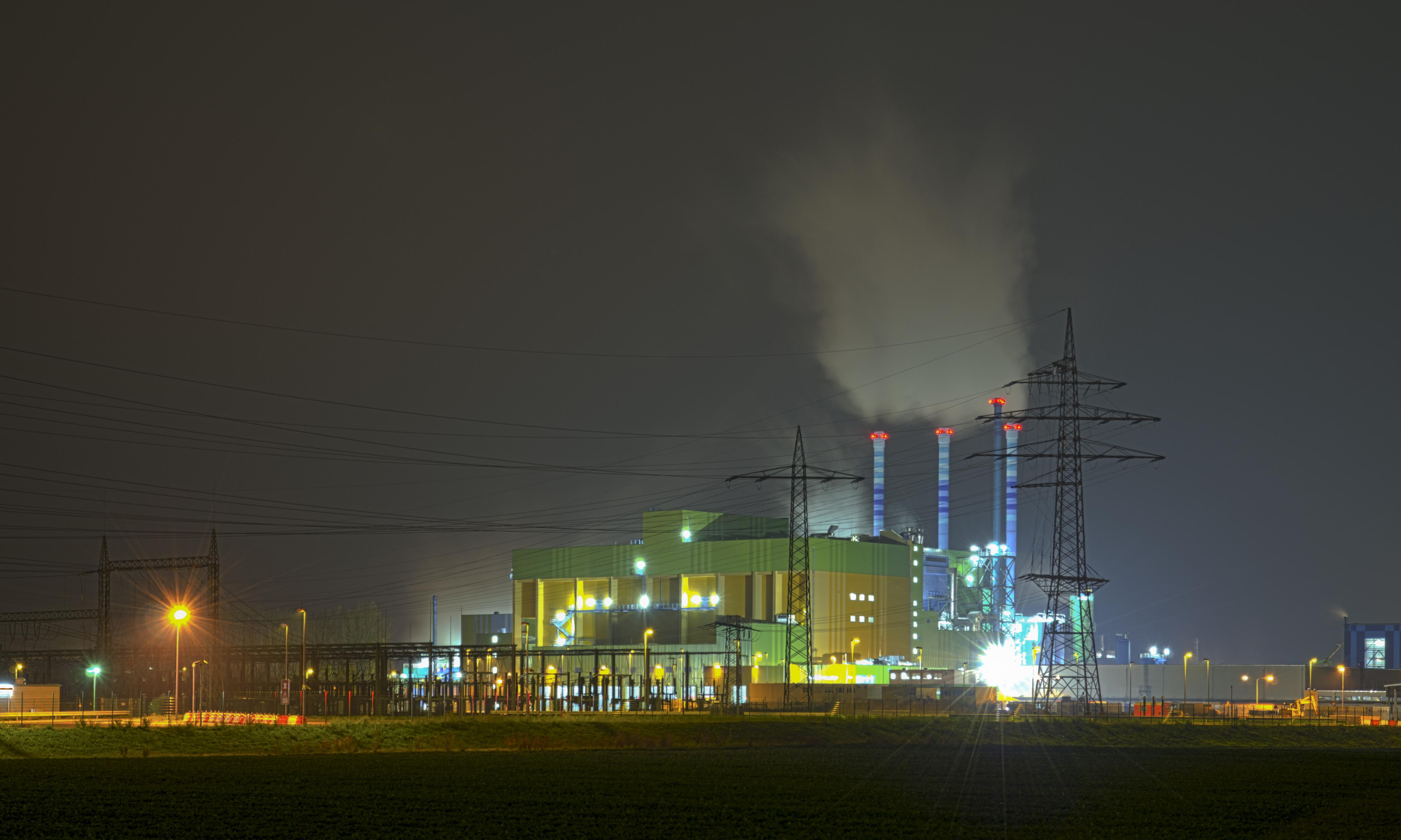 File:Industry park Höchst - waste-to-energy plant - Industriepark ...