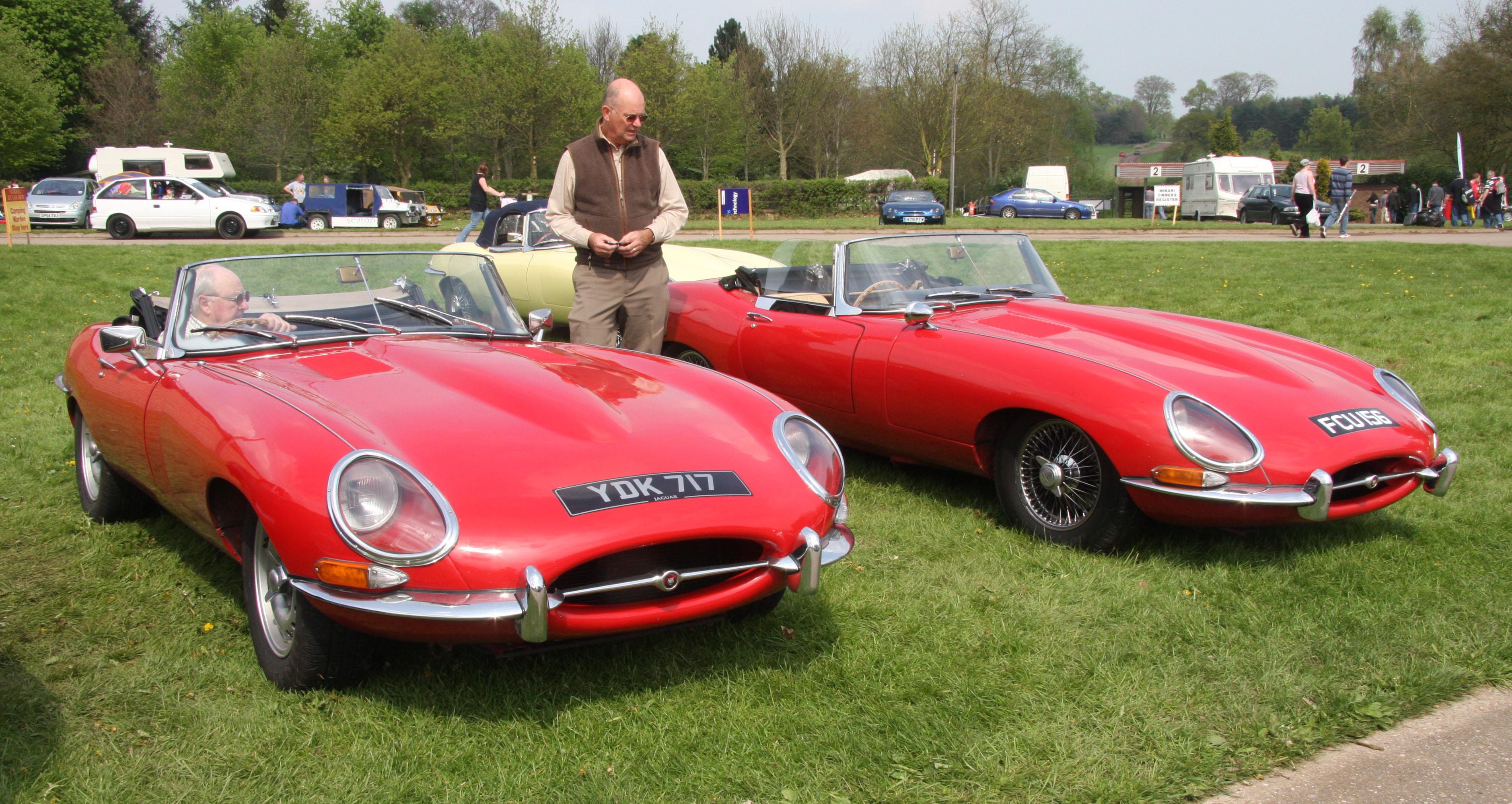 File Jaguar E Type Roadsters Jpg