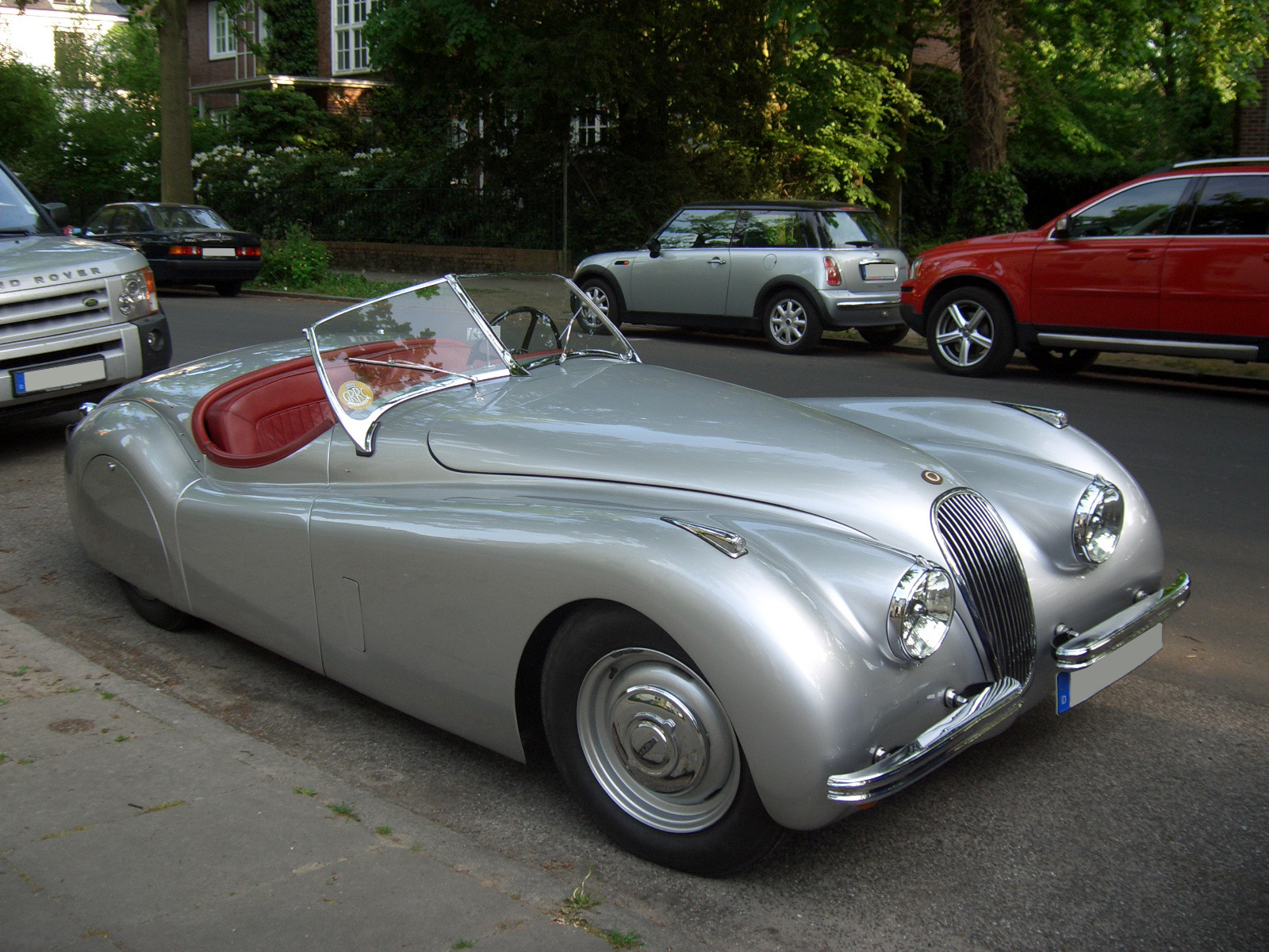 File Jaguar Xk120 Front Jpg Wikimedia Commons