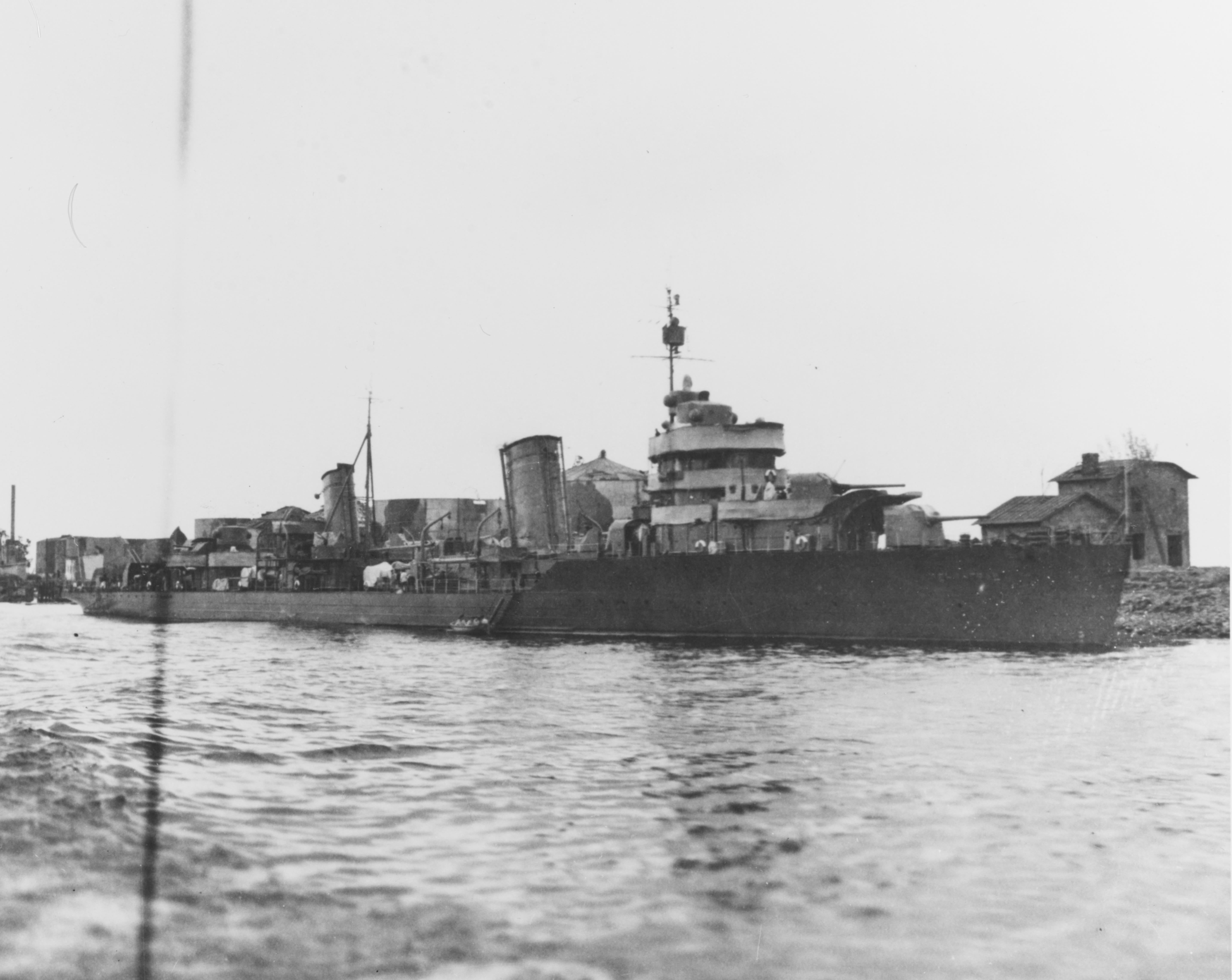 Leningrad-class destroyer - Wikipedia