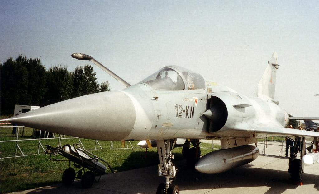المقاتله الفرنسيه Dassault Mirage 2000  Mirage_2000c_2