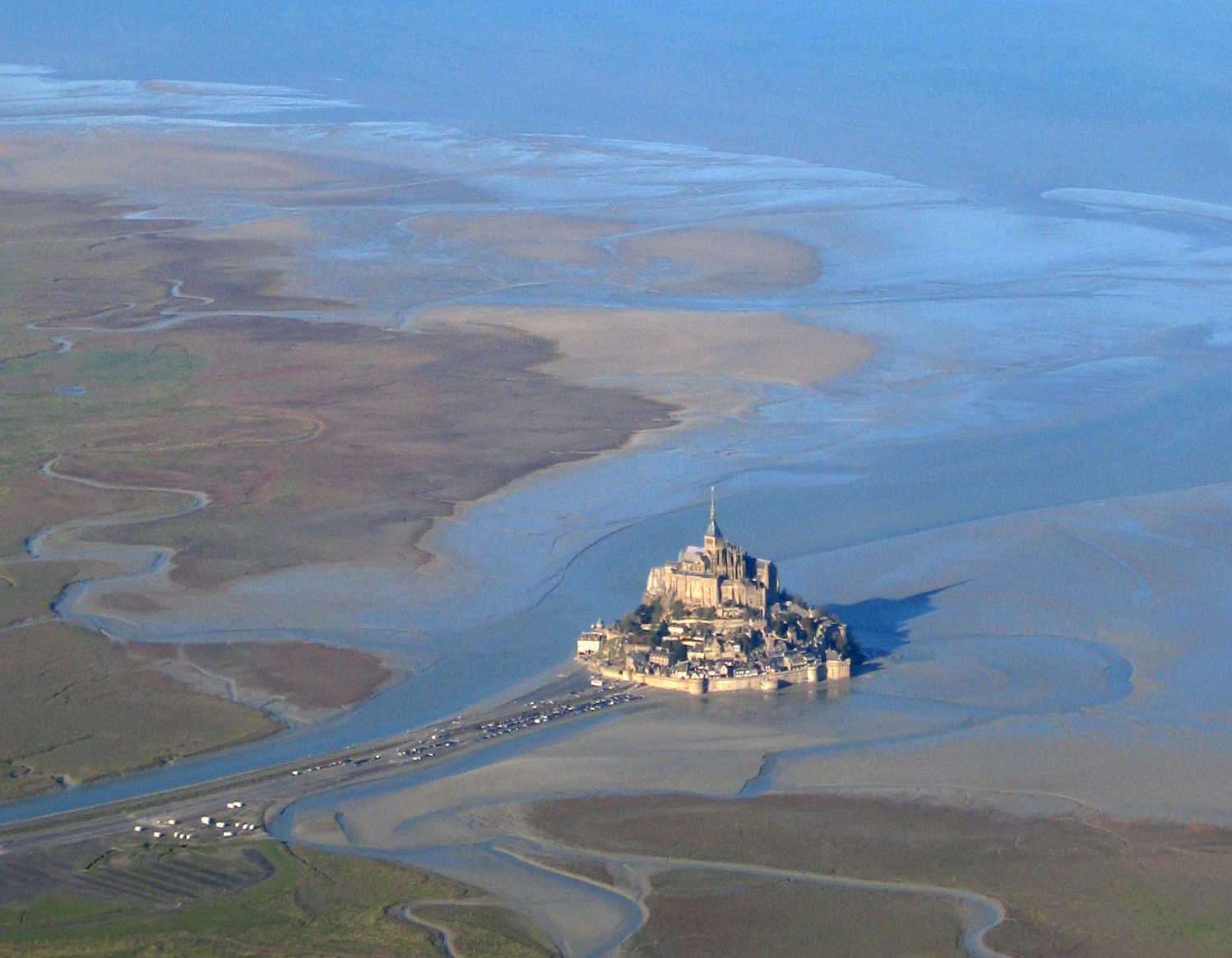 Mont saint michel from space boing boing for Au jardin st michel pontorson france