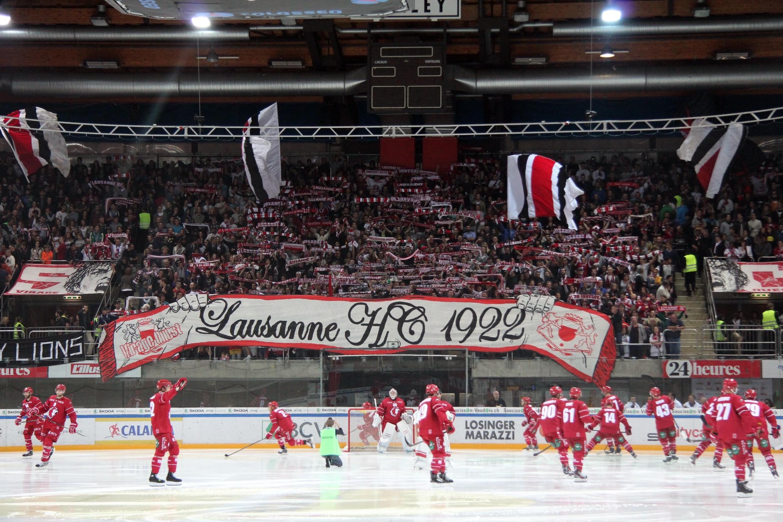 [Bild: NLA,_Lausanne_HC_vs._Gen%C3%A8ve-Servett...014_01.JPG]