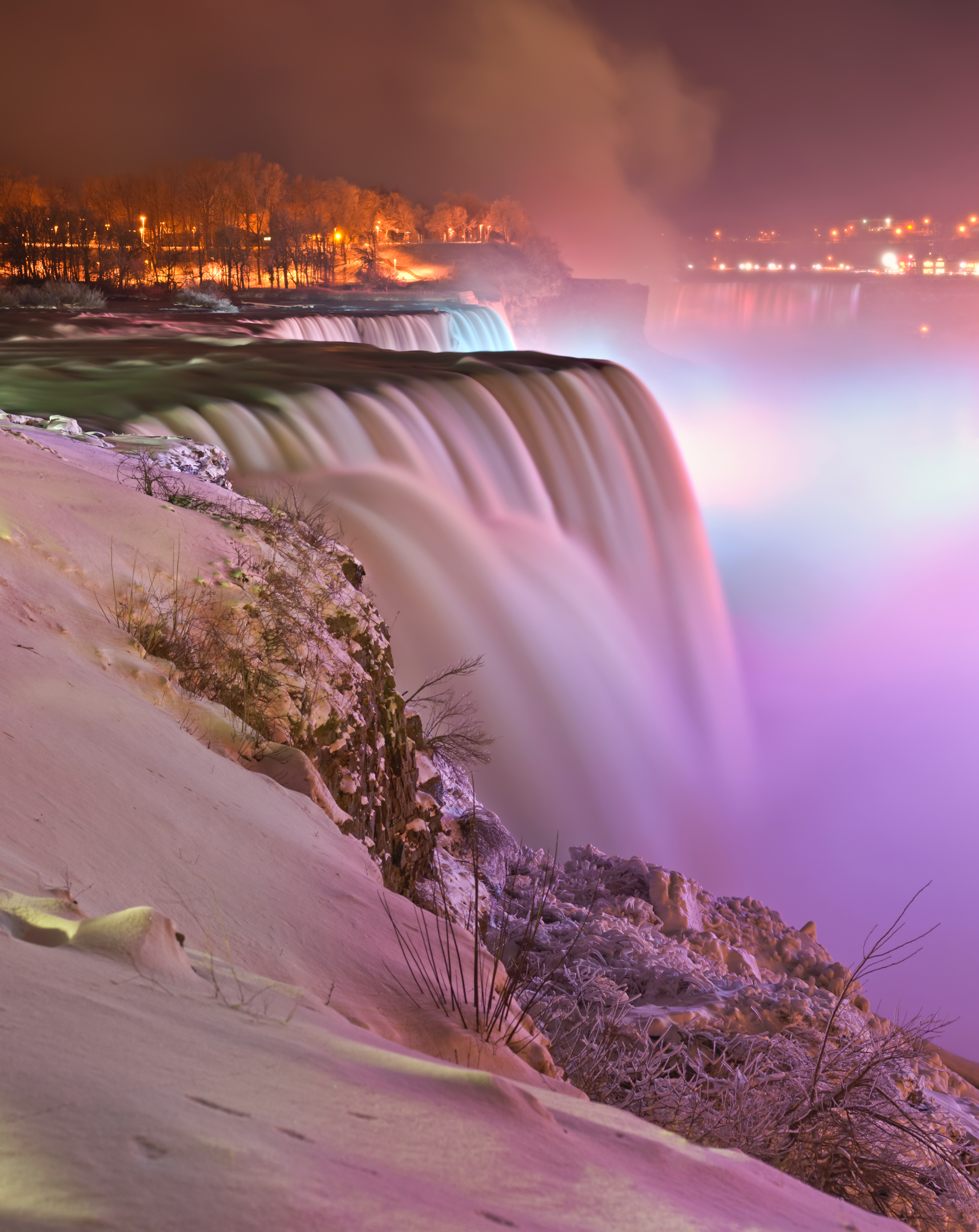 File:Niagara falls - Winter - Prospect point view at night.jpg - Wikimedia Co...
