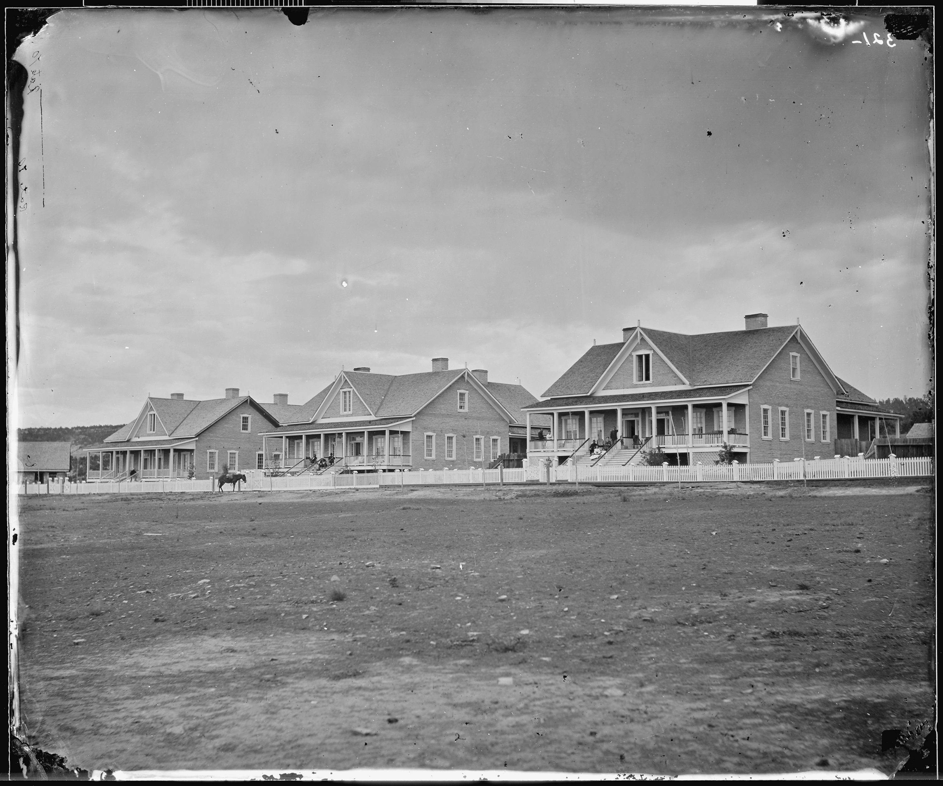 File officers quarters fort wingate new mexico nara for The wingate