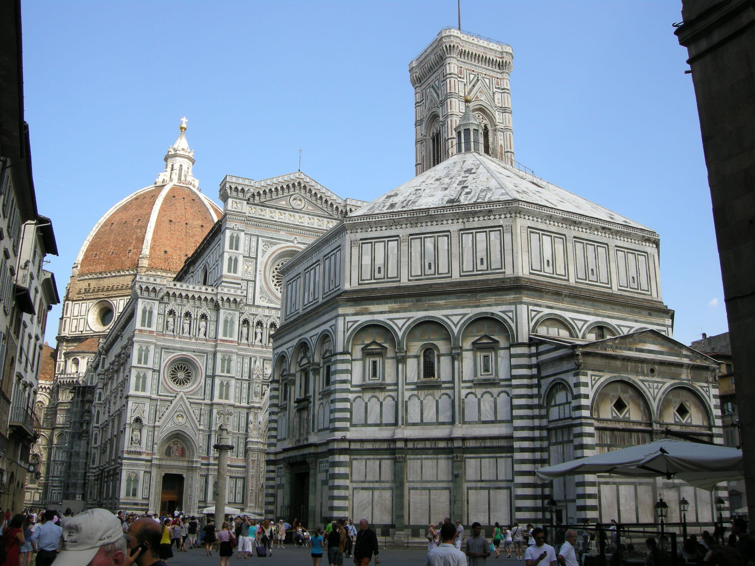 [Immagine: Piazza_san_giovanni_da_via_cerretani%2C_firenze.JPG]
