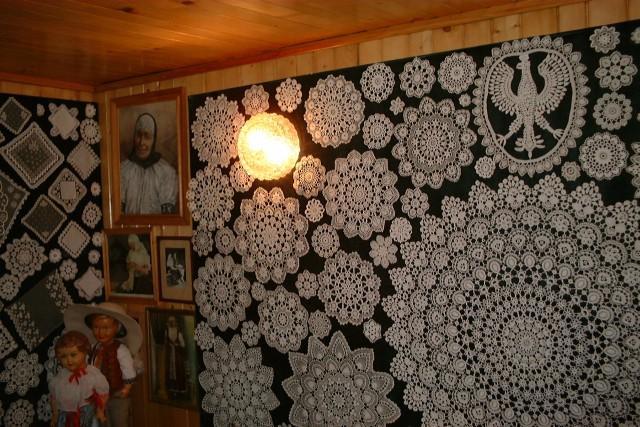 Plik:Poland Koniakow - laces.jpg