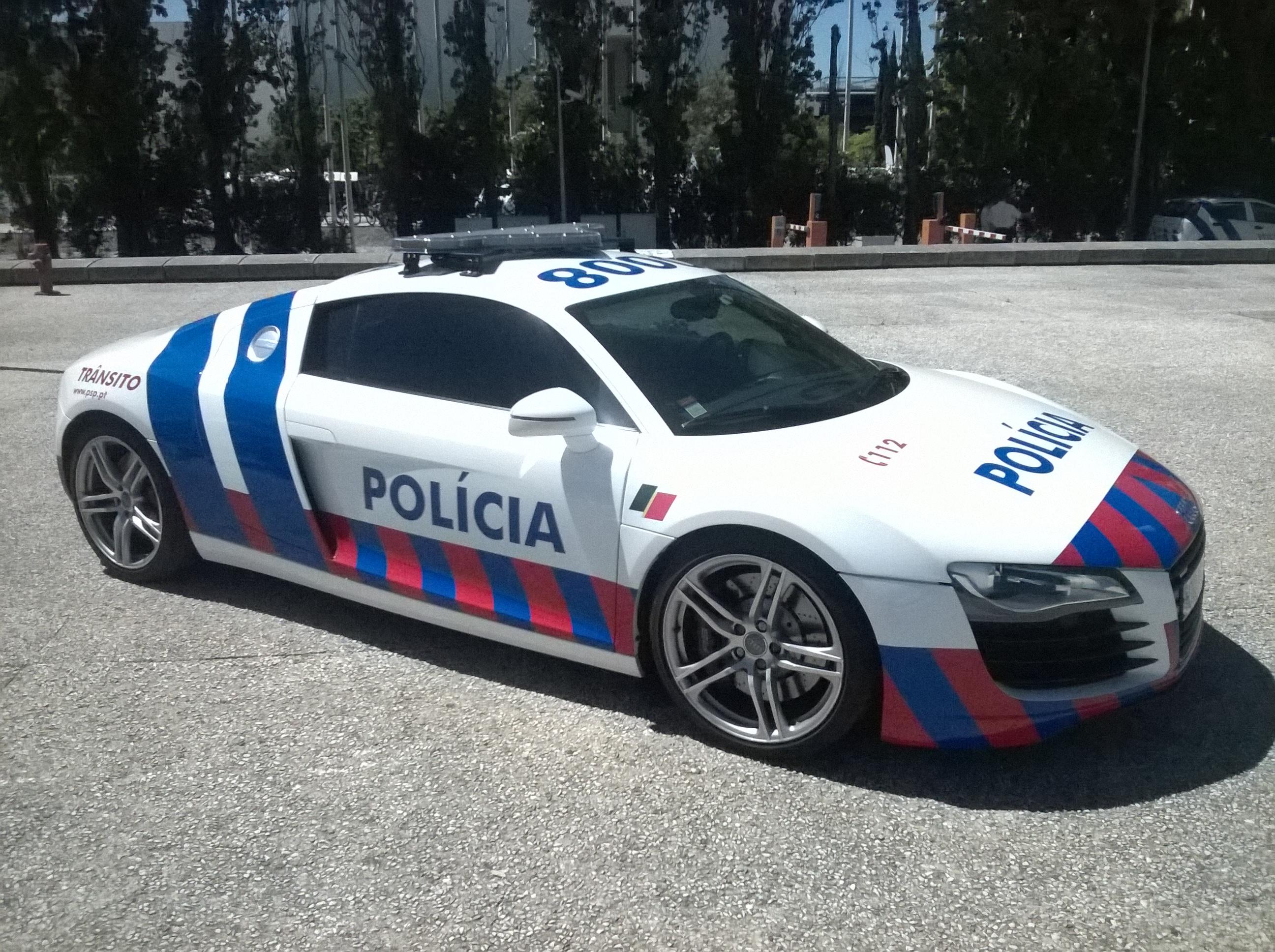 File Portuguese Police Audi R8 Jpg Wikimedia Commons