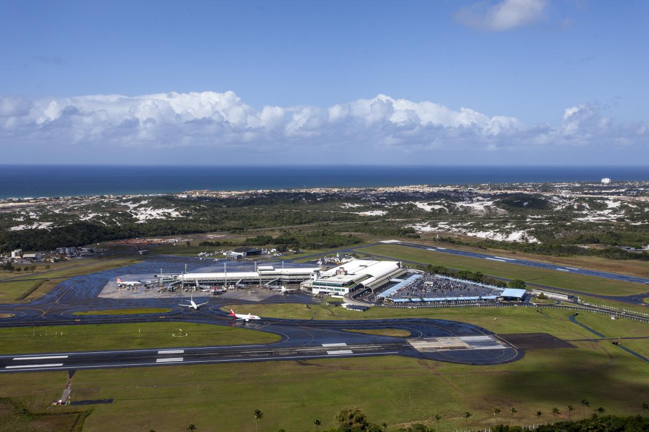 Aeroporto De Salvador : Ficheiro salvador aeroporto vista aérea g wikipédia a