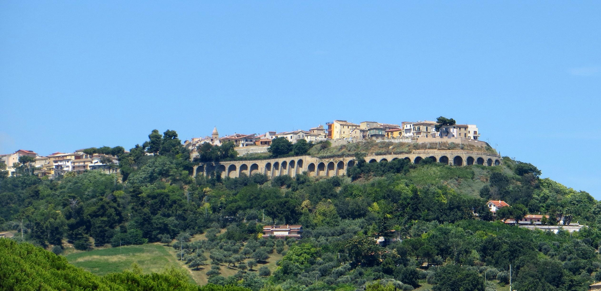 Citt Ef Bf Bd Sant Angelo Villa Chiara