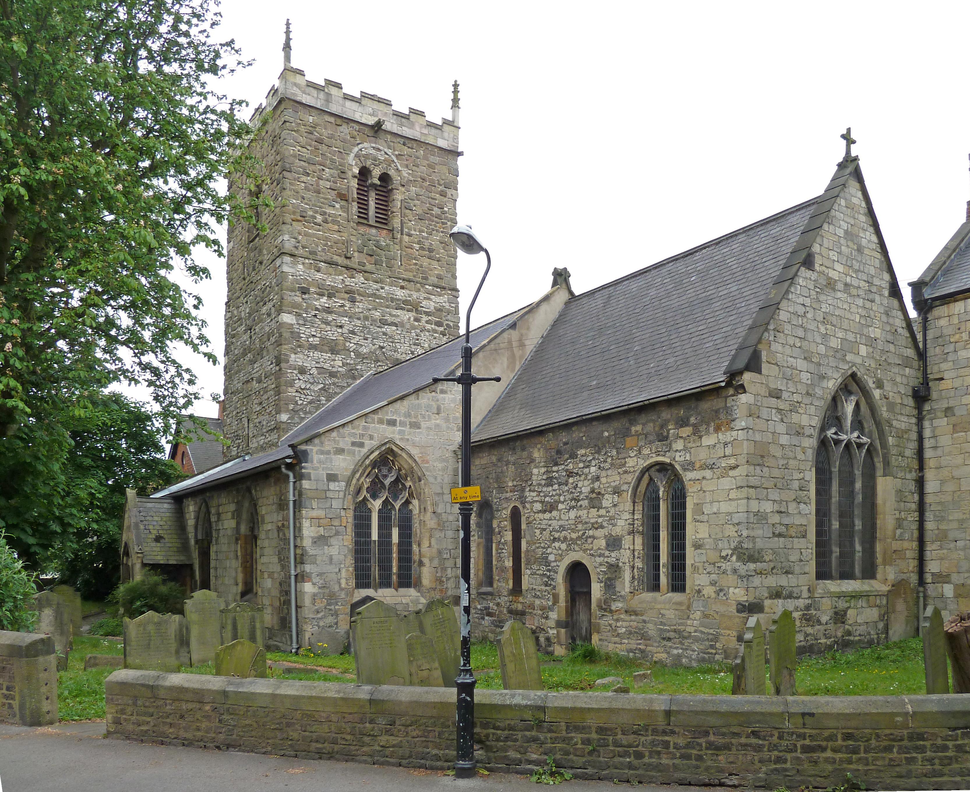 St. Marys Bishophill Junior, en kirke, som blev bygget i York, Anglia,  i de år, hvor Svend Estridssøn opholdt sig i byen. Tårnet stammer fra 900-tallet, og blev udbygget i begyndelsen af 1000-tallet, mens skibet stammer fra slutningen af 1000-tallet. Kilde: http://en.wikipedia.org/wiki/File:St._Marys_Bishophill_Junior,_York.jpg, Fremstillet af: http://en.wikipedia.org/wiki/User:Kaly99.