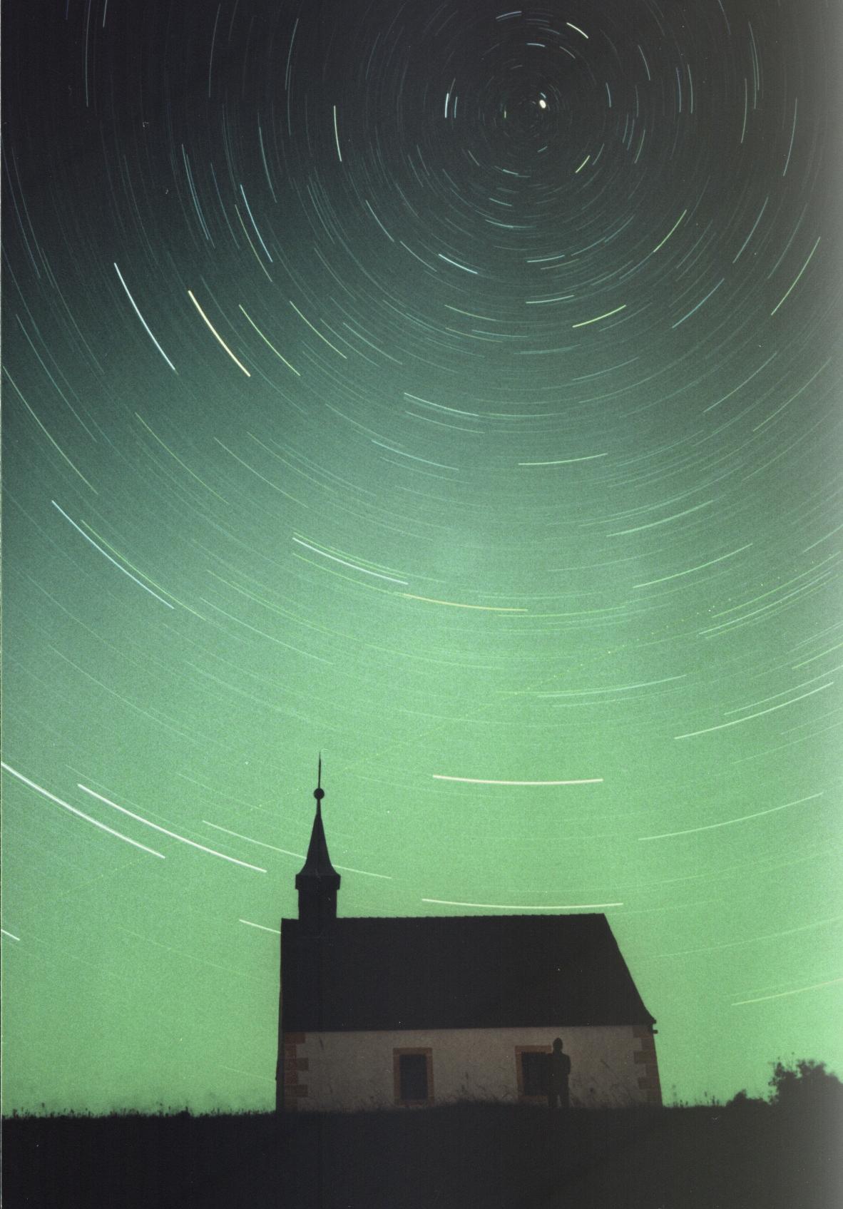 Gwiazda Polarna, naświetlenie ok. 45 minut. fot Udo Kügel