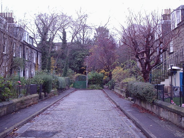 Stockbridge Colonies with no cars - geograph.org.uk - 1432977