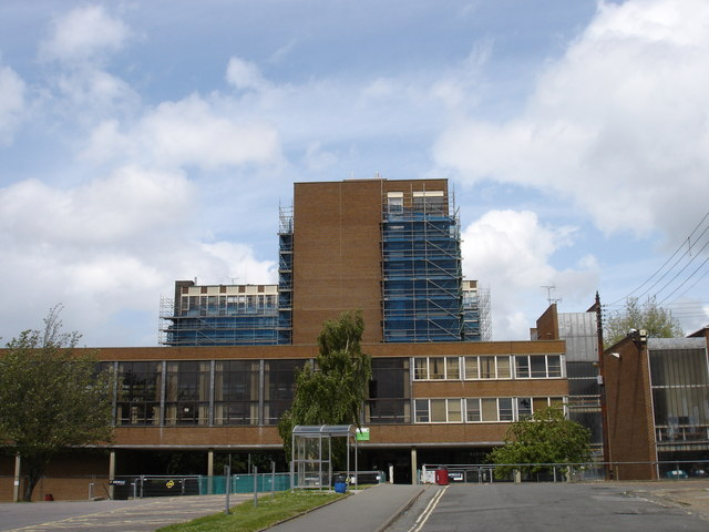 File:Suffolk College Campus - geograph.org.uk - 1305718.jpg