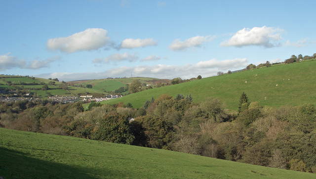 The Ogmore Valley just north of Blackmill (geograph 3801384)