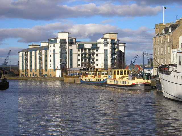 The Water of Leith - geograph.org.uk - 350498