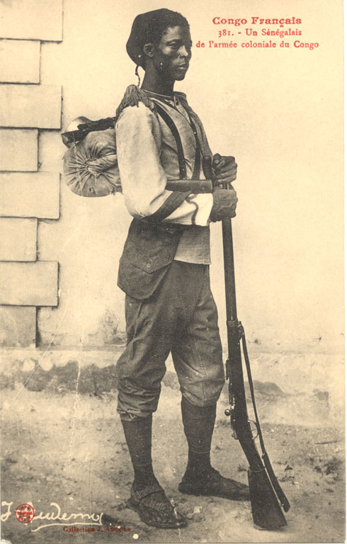 https://upload.wikimedia.org/wikipedia/commons/3/3c/Tirailleurs_S%C3%A9n%C3%A9galais_1905_Congo.jpg