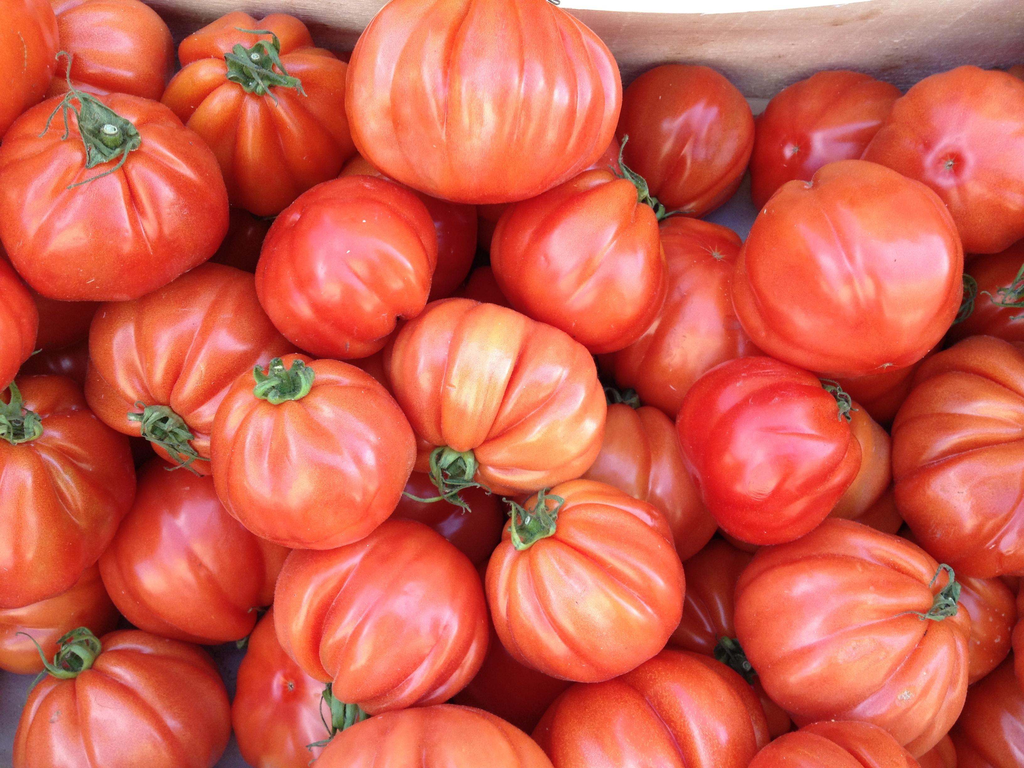 con bambas a lo loco toma tomate t malo 10 razones por las que el tomate es el mejor alimento. Black Bedroom Furniture Sets. Home Design Ideas