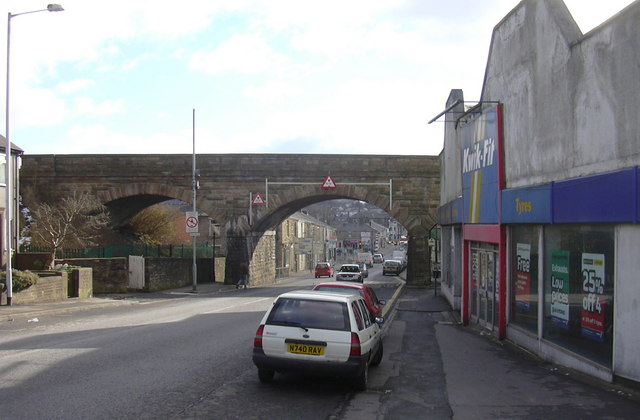 File:Whalley Road (A680) - geograph.org.uk - 1157009.jpg