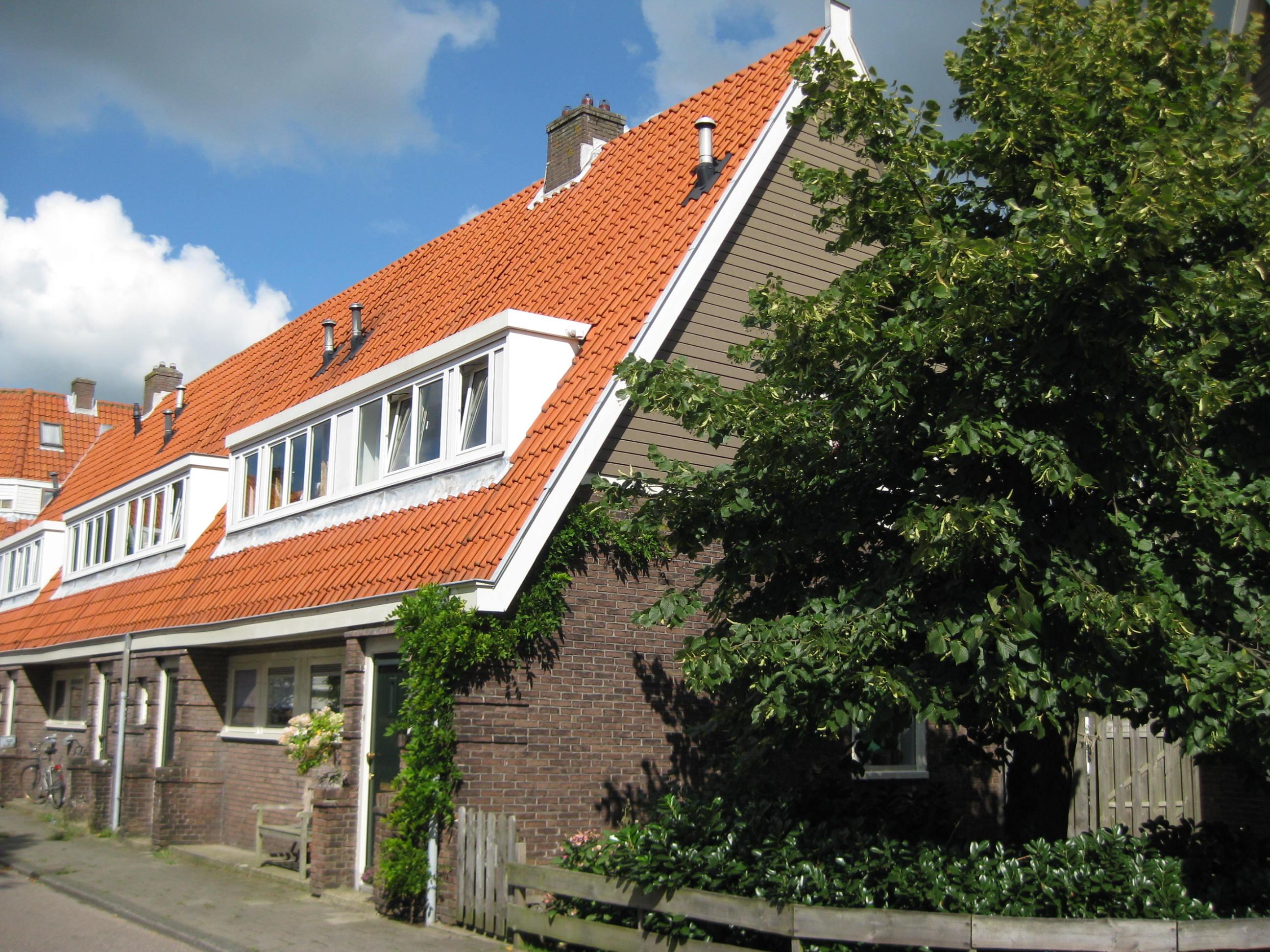 Blok met 6 keukenwoningen, zo genoemd vanwege destijds nieuwe ...