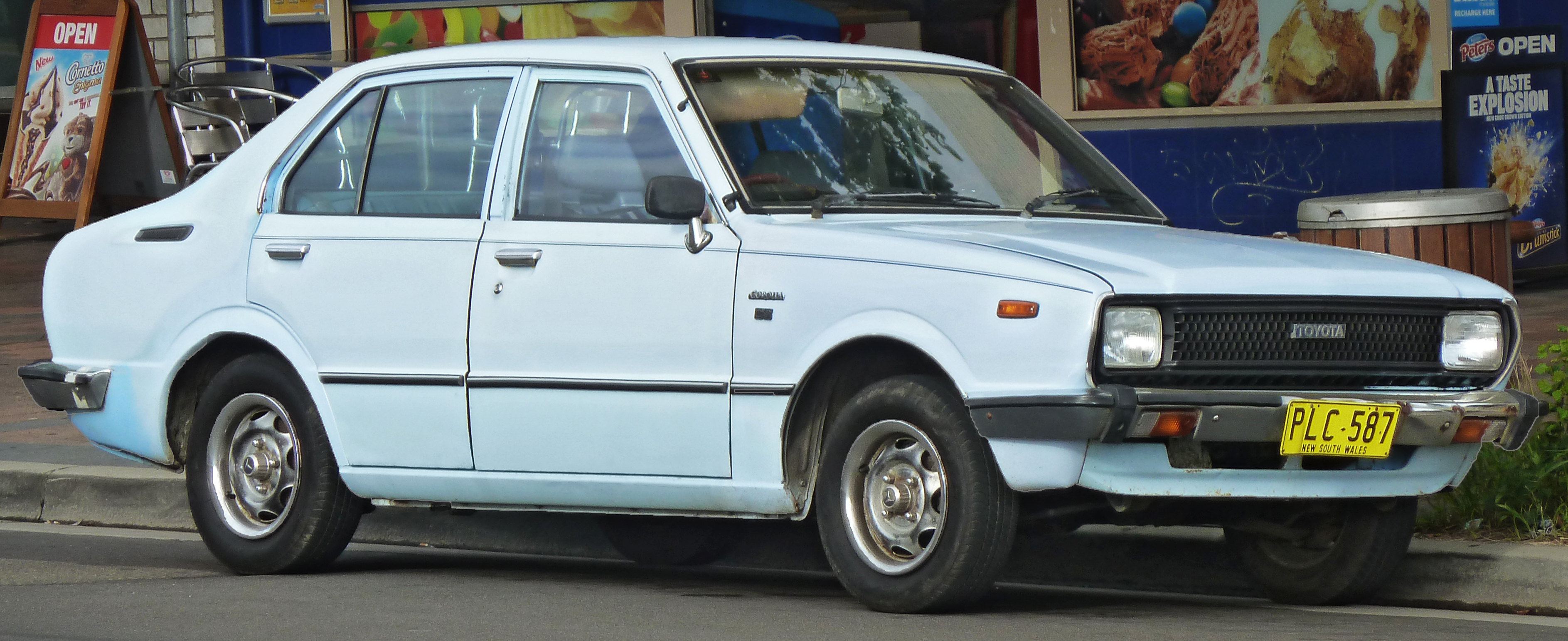 Toyota corolla ke 55