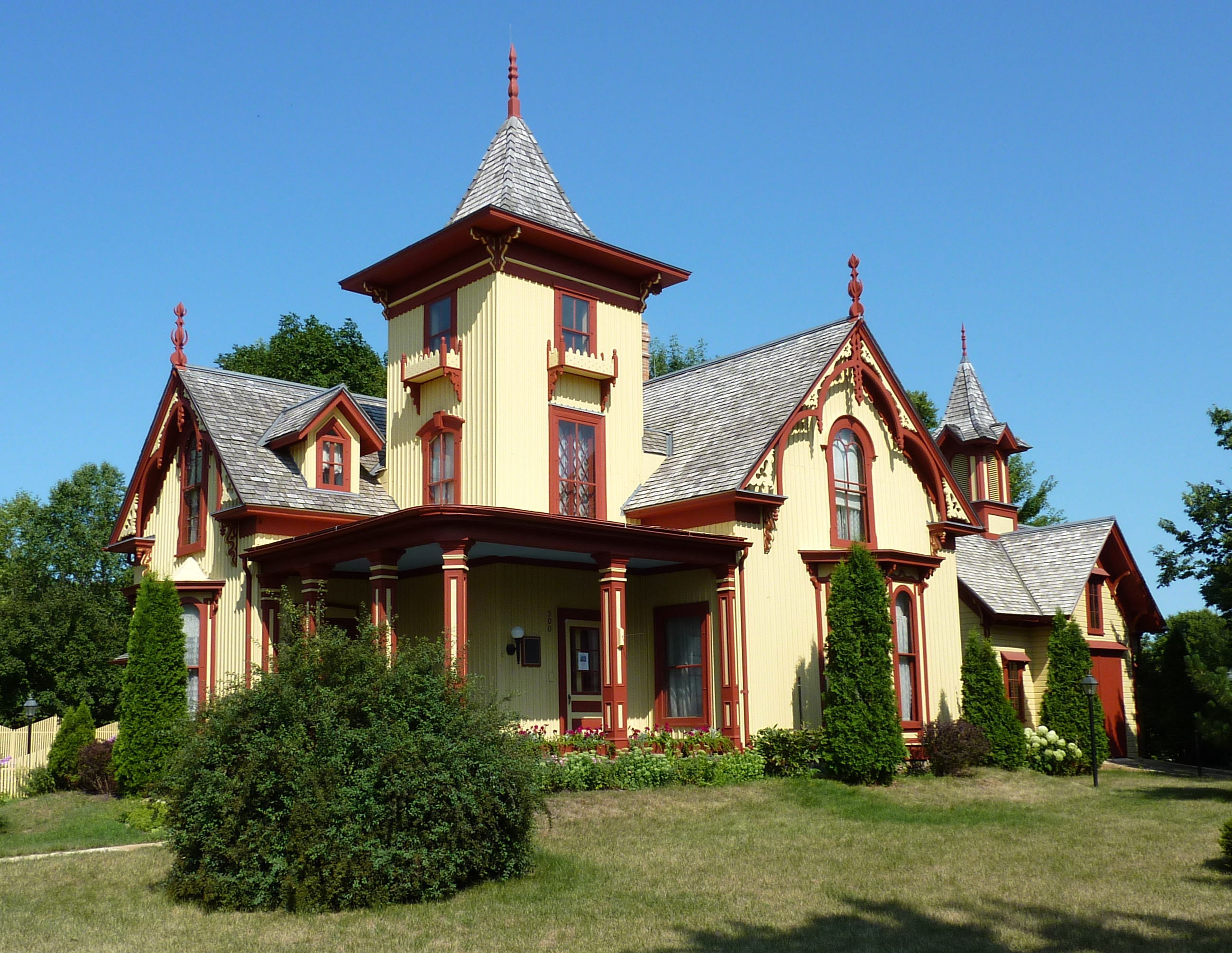 American style carpenter gothic gothic revival for Building a home in mn