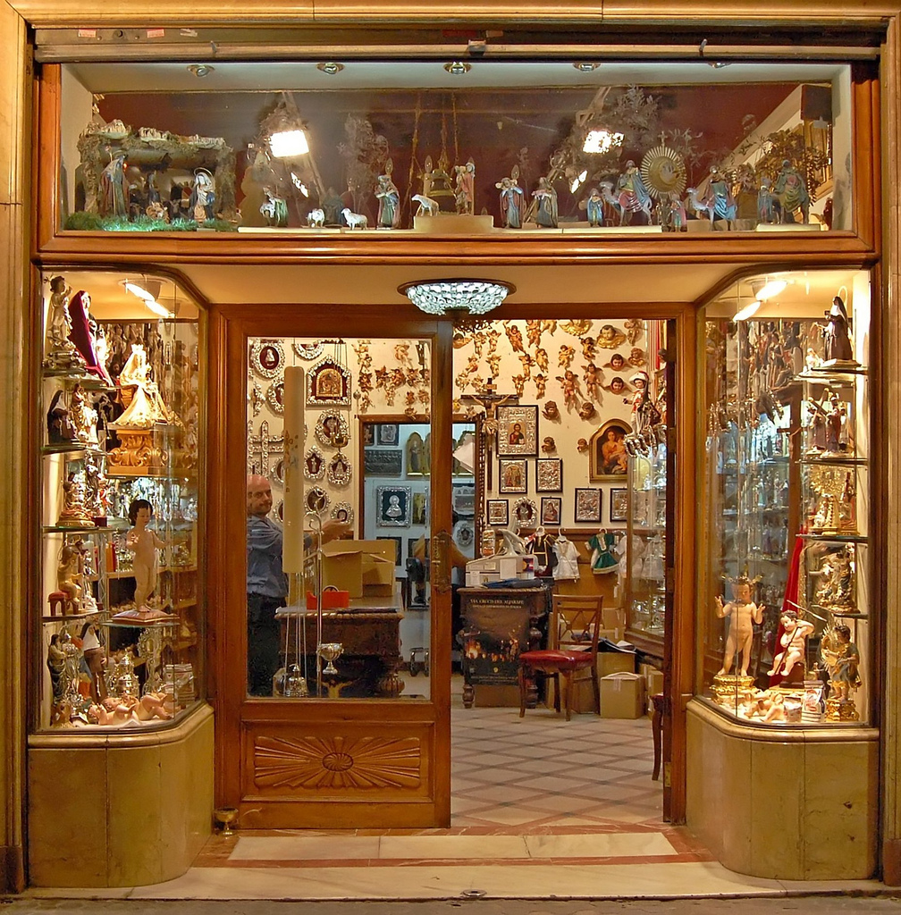 File 2248763553 tienda wikimedia commons - Tiendas decoracion en sevilla ...