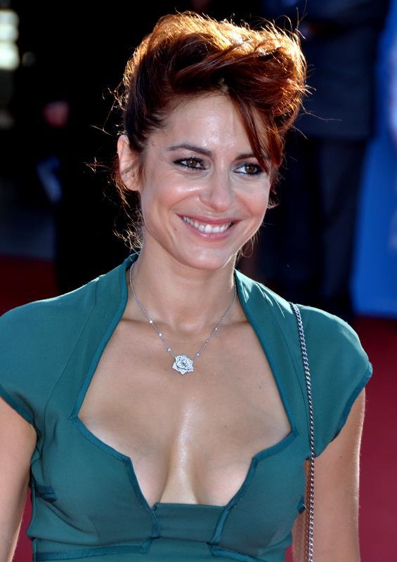 Audrey Dana httpsuploadwikimediaorgwikipediacommons33