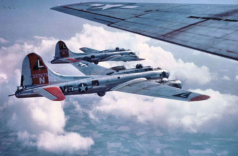 B-17s-532d Bombardment Squadron