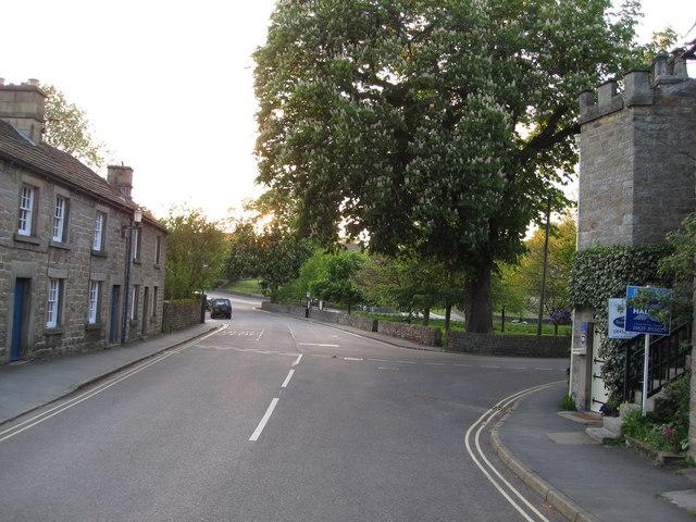 Baslow - Village Green (bus stop area) - geograph.org.uk - 804523